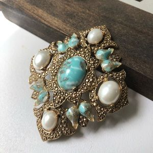 Vintage Pearl Pendant Brooch